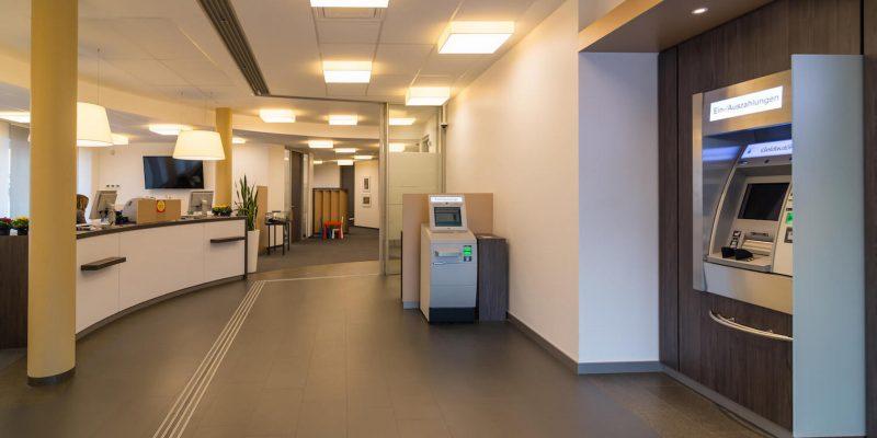 Bankenplaner-Bankeinrichtung-Kundenhalle